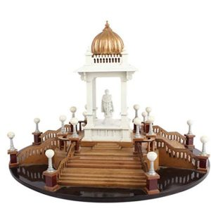 Wood Stute Of Chamarajendra Circle Showpiece
